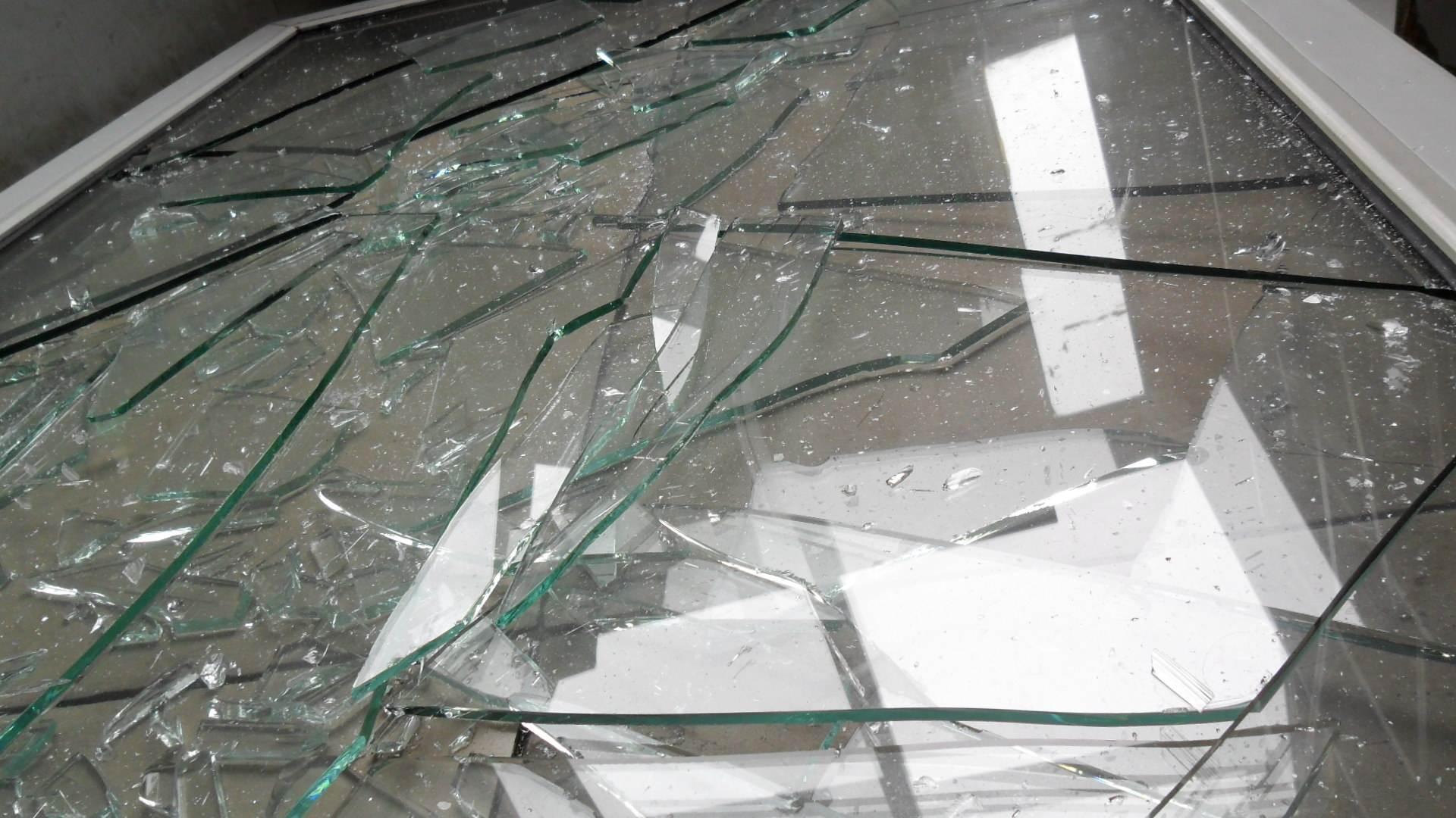 双层玻璃与中空玻璃的区别